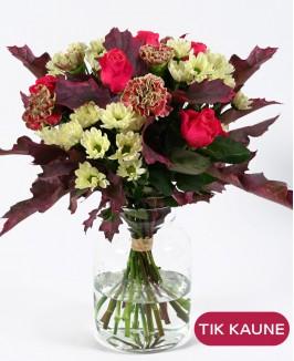 Rudeninė rožių ir gvazdikų puokštė