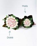 Baltų muilo rožių puokštė su Raffaello saldainiais