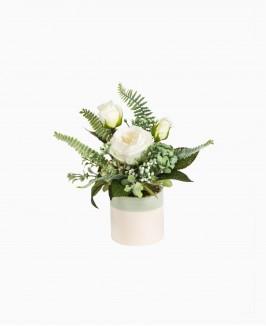 Nedidelė dirbtinių gėlių kompozicija