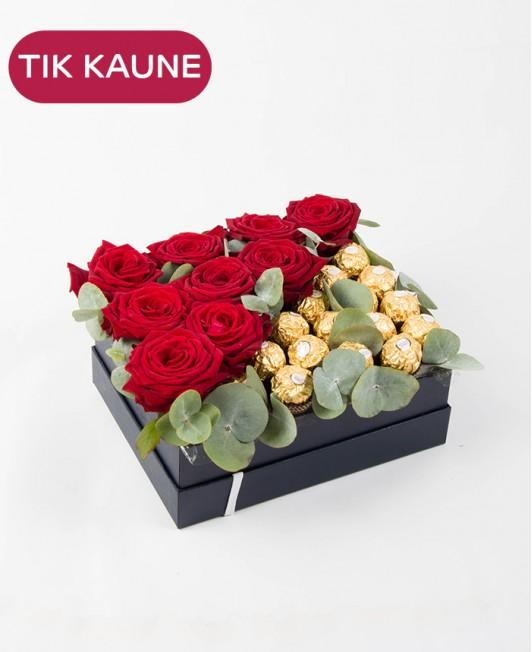 Saldi dovanų dėžutė su rožėmis