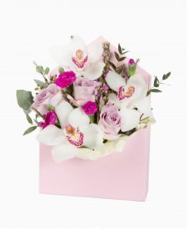 Romantiškas gėlių vokelis