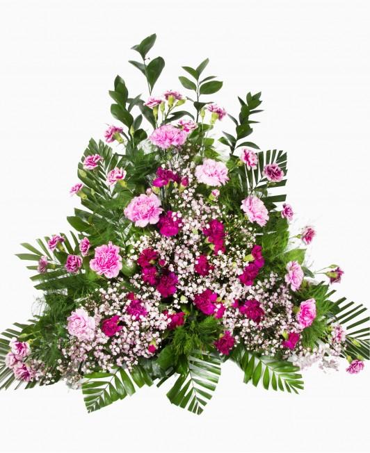 Gedulo kompozicija su rožinėmis gėlėmis