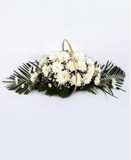 Gedulo kompozicija su chrizantemomis
