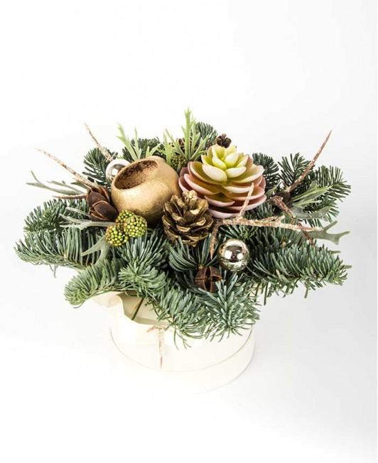 Kalėdinė kompozicija su dirbtiniu sukulentu
