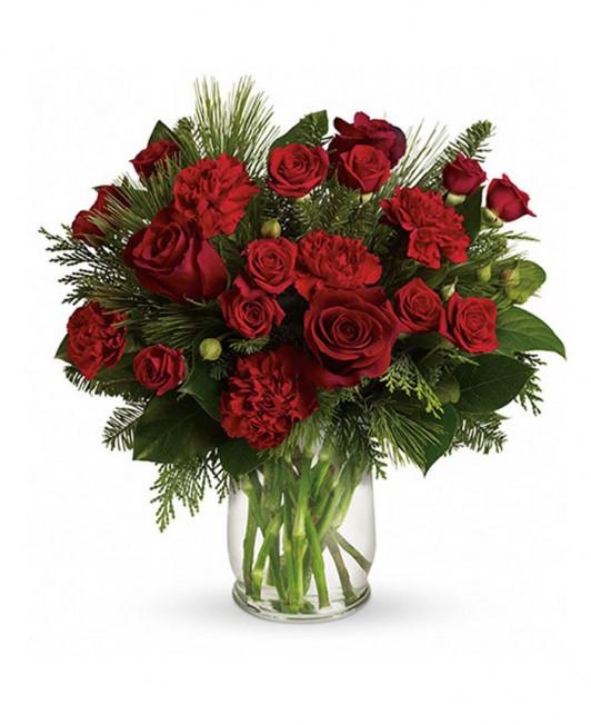 Kalėdinė puokštė rožėmis ir gvazdikais