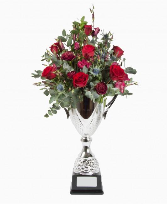 Gėlės taurėje