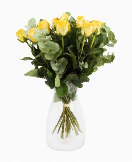 Geltonų rožių puokštė