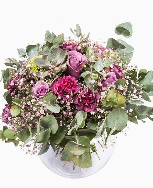 Eukaliptas, rožės ir gvazdikai