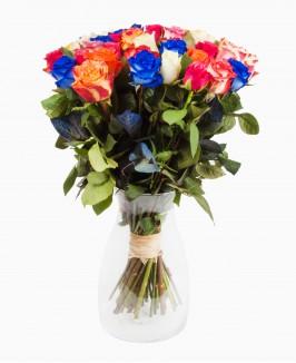 Įvairių spalvų rožės